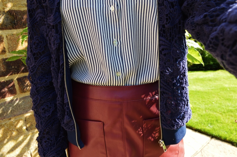 Bomber and leather skirt 048